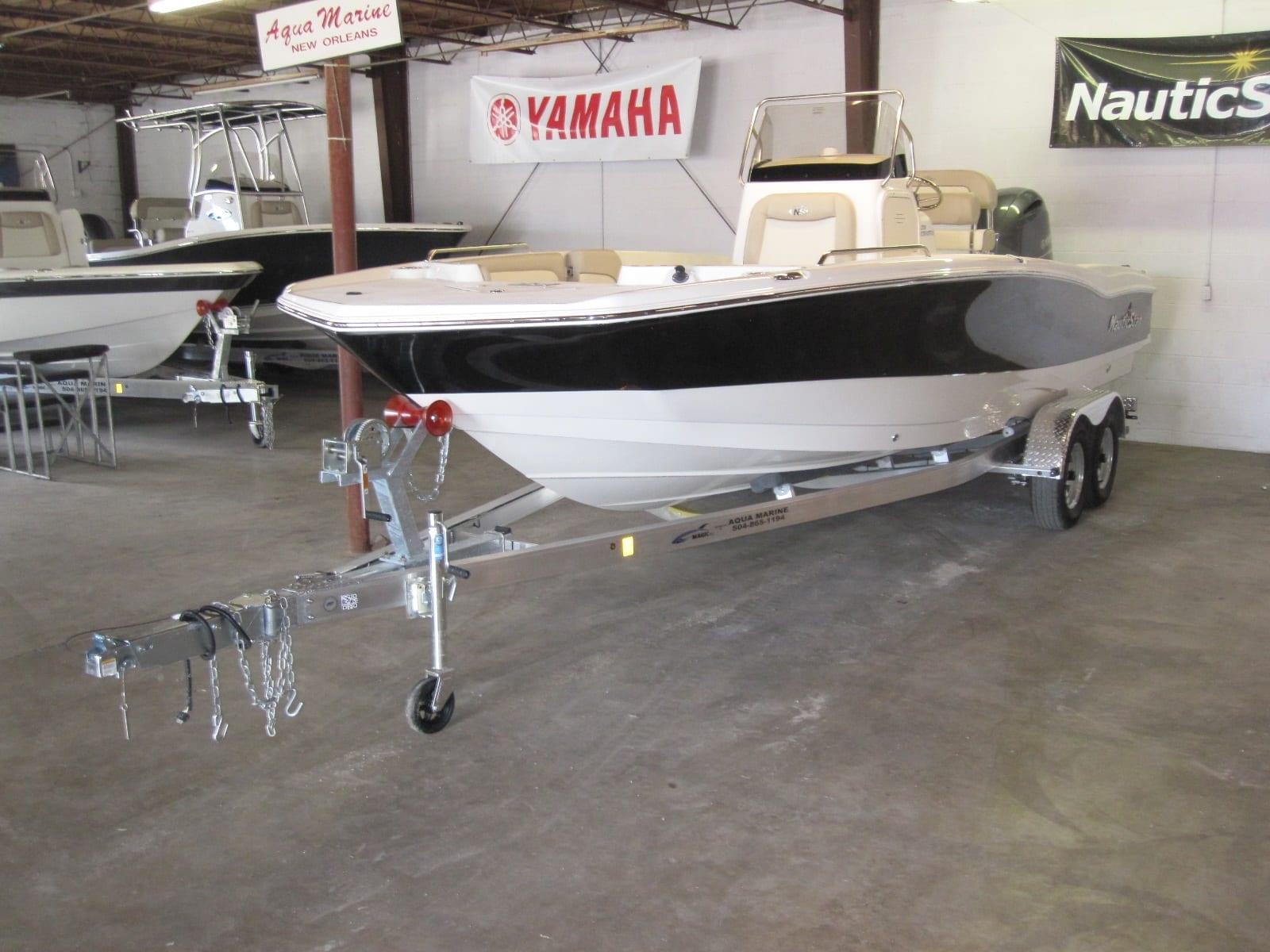NauticStar 231 coastal F200