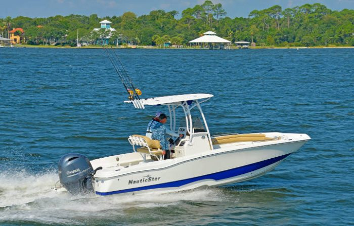 NauticStar Boats 231 Hybrid water