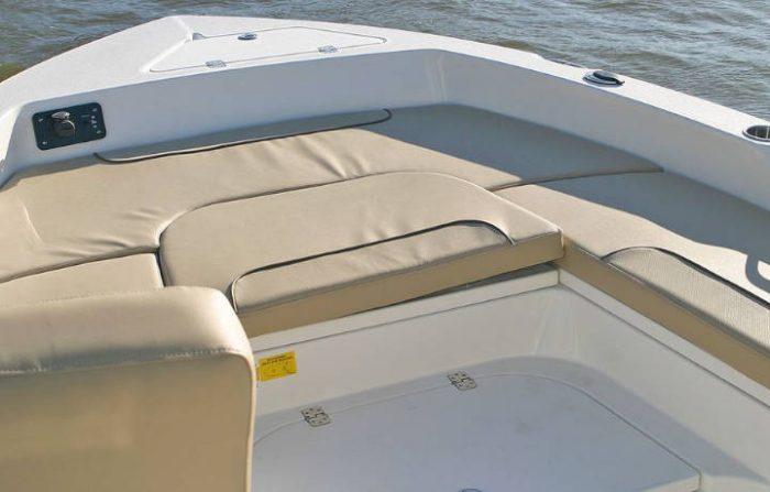 NauticStar Boats 249 XTS Front