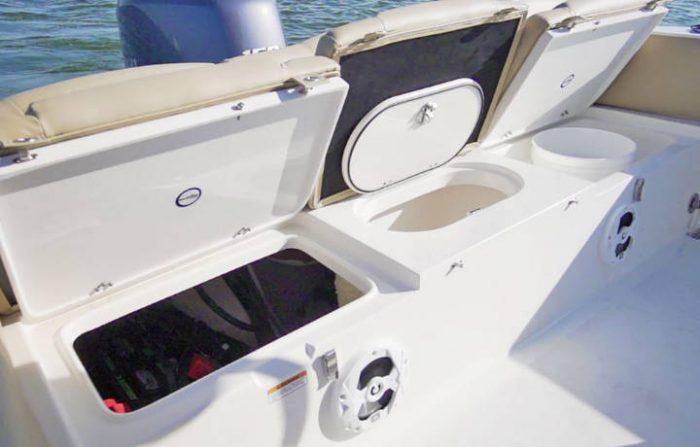 NauticStar Boats 2102 Legacy Baitwell