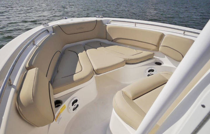 NauticStar Boats 2102 Legacy Front