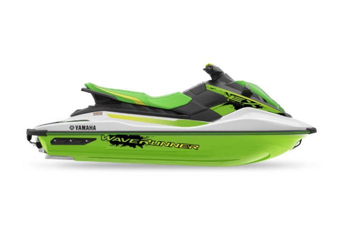 2021 EX Deluxe Green and White Waverunner